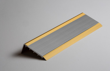 Sliver Non Lighted Stair Nosing with Yellow PVC Anti Slip Insert - WOES 025